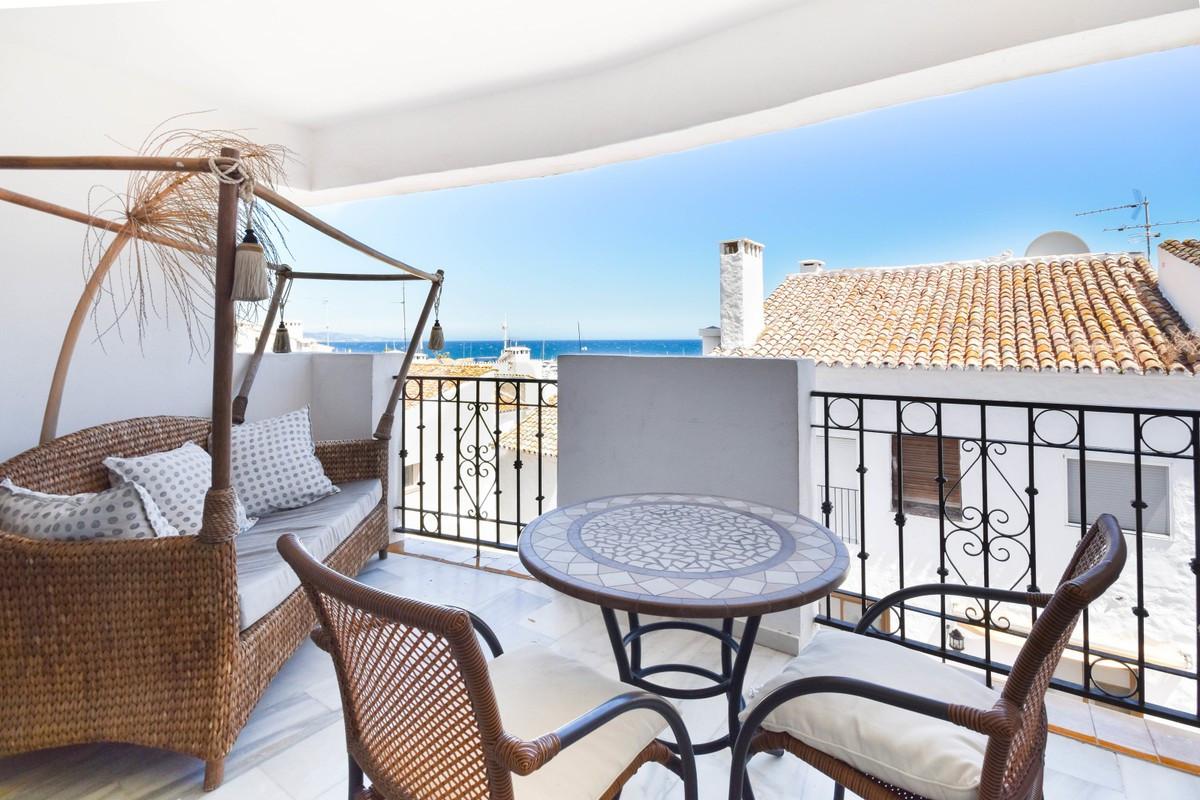 Apartamento  Planta Media en venta  y en alquiler   en Marbella