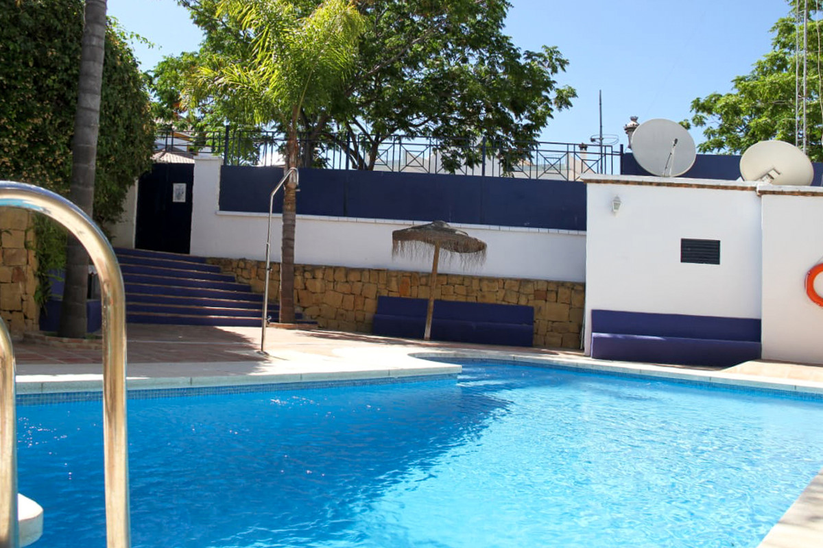 5 Bedroom Townhouse For Sale, San Pedro de Alcántara