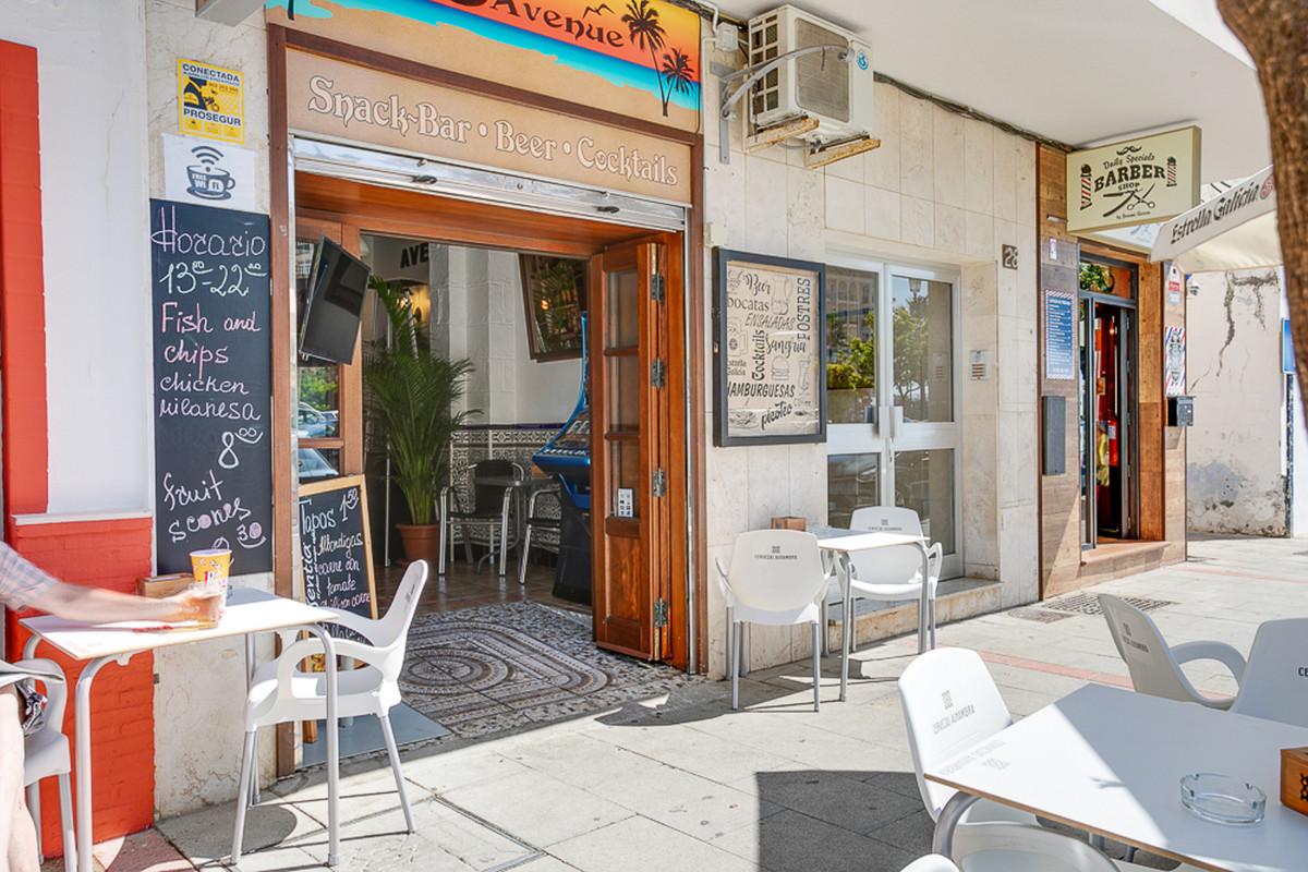 Commerce, Bar  en vente   et en location    à Estepona