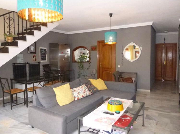 Pretty townhouse close to Laguna Village in a closed community of 12 houses with a shared pool and g,Spain