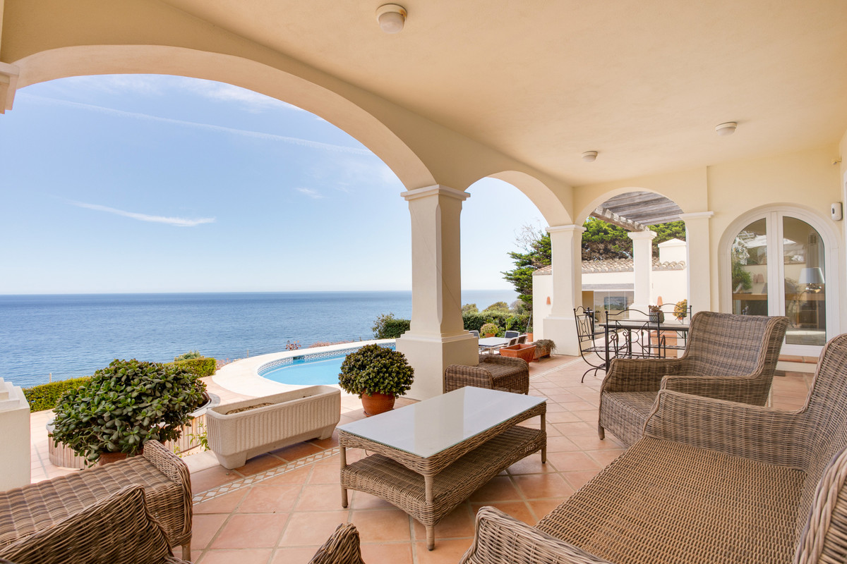 Stunning family home with views straight across the Mediterranean. The house has been built by the c,Spain