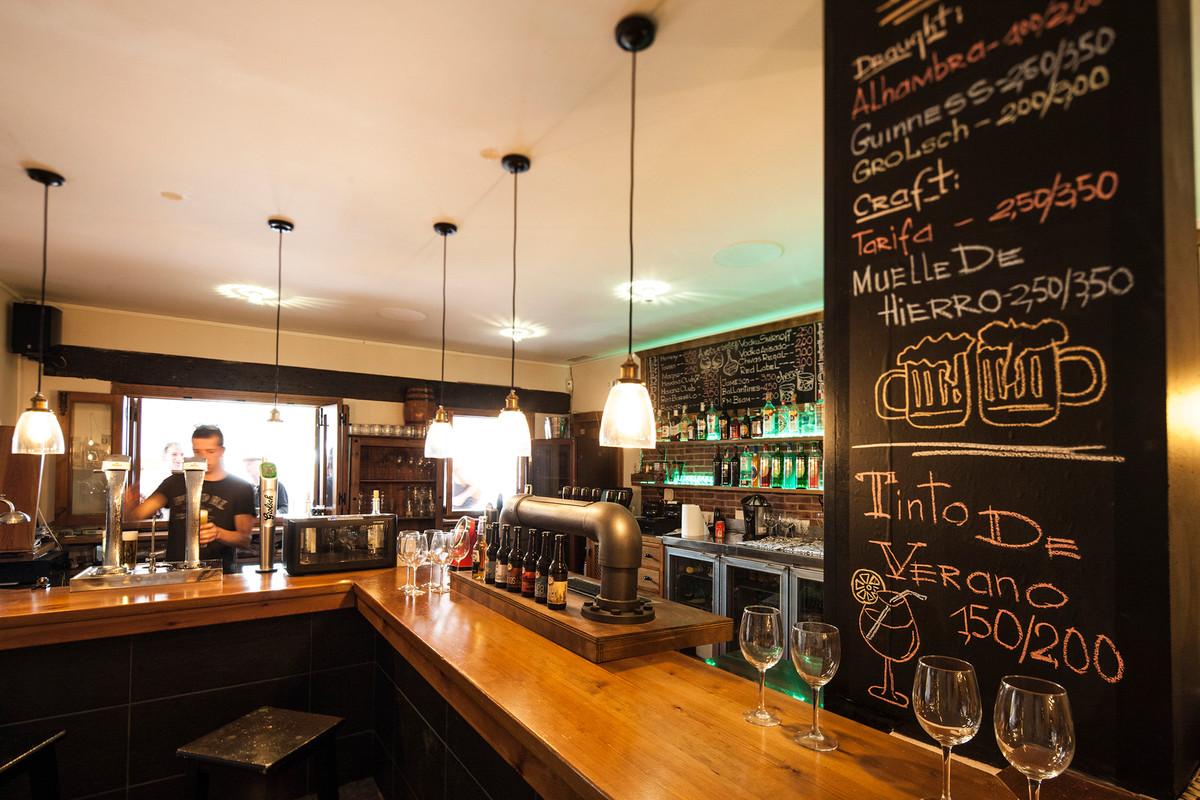 El precio especial hasta final de Octubre!!!! 599000!!! Restaurant, La Alcaidesa, Costa del Sol. 1 B,Spain