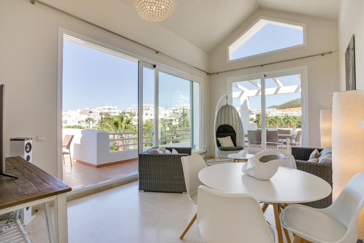 Penthouse, Casares, Costa del Sol. 2 Bedrooms, 2 Bathrooms, Built 109 m², Terrace 80 m&,Spain