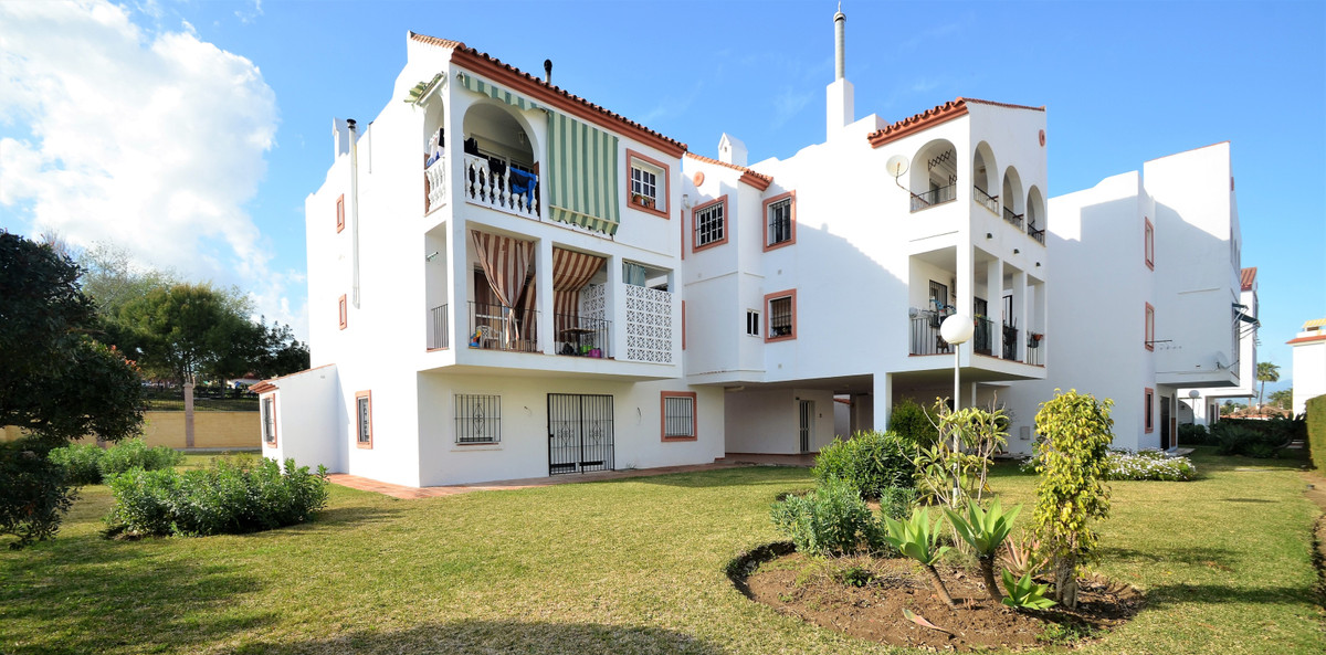 Appartement, Penthouse  en vente    à San Luis de Sabinillas