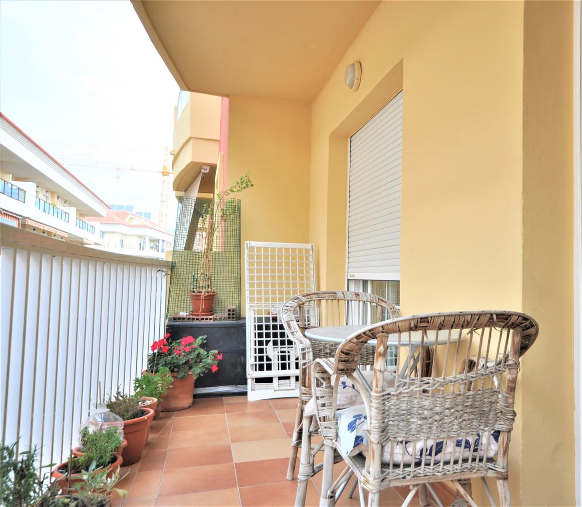 2 Bedroom Middle Floor Apartment For Sale Manilva, Costa del Sol - HP3749305