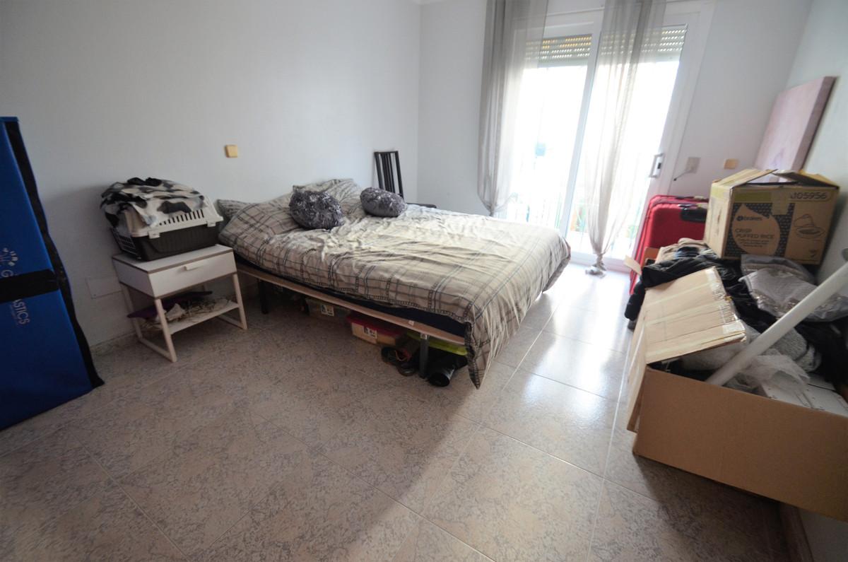 Villa Semi Detached Estepona Málaga Costa del Sol R3793540 10