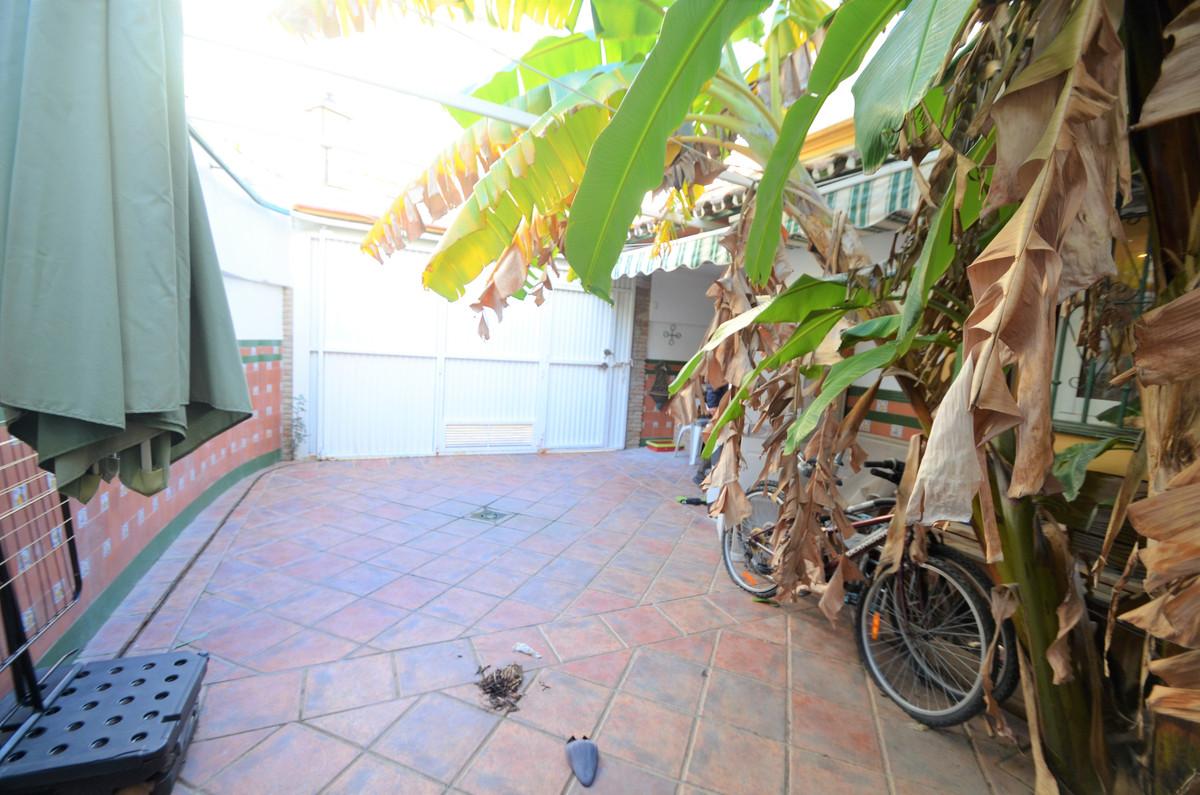 Villa Semi Detached Estepona Málaga Costa del Sol R3793540 3