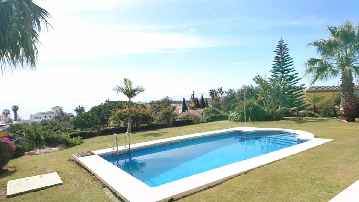 Villa - Chalet en Torreguadiaro