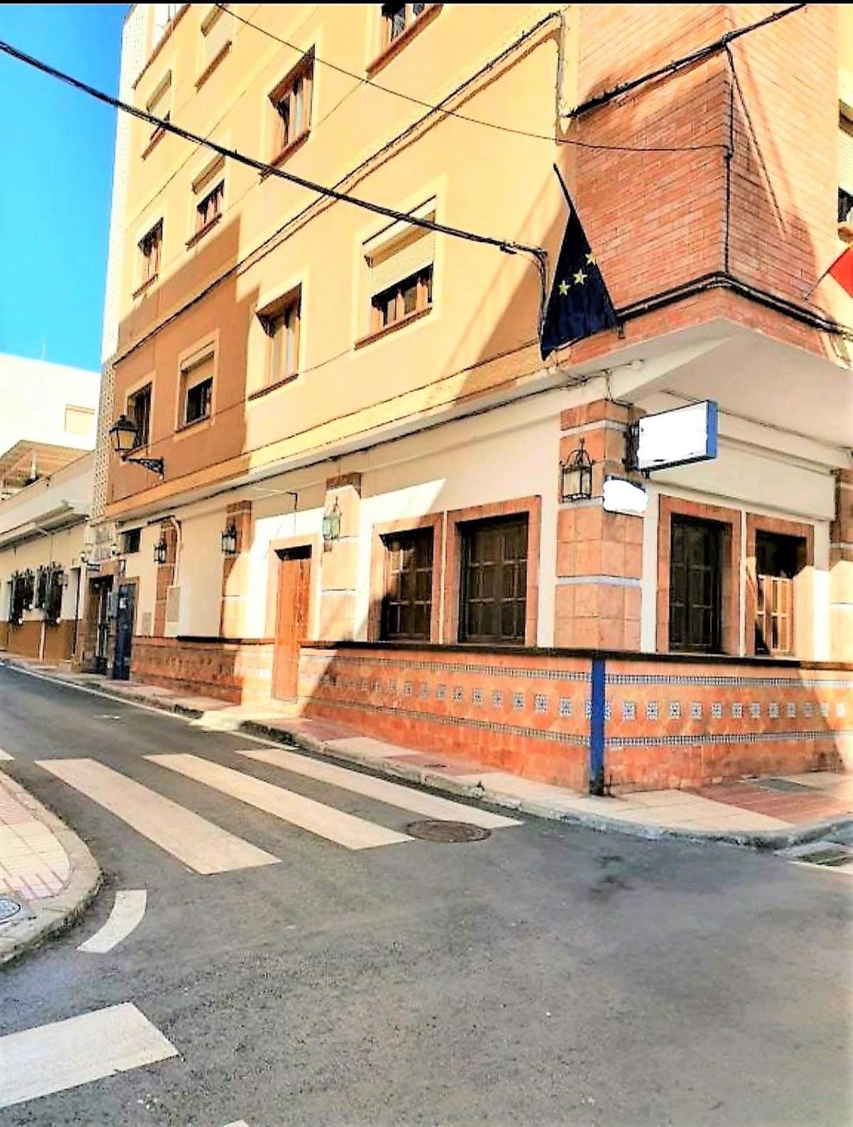 FANTASTIC HOSTAL IN THE HEART OF SAN PEDRO DE ALCANTARA, Great Investment Opportunity! Return assure,Spain