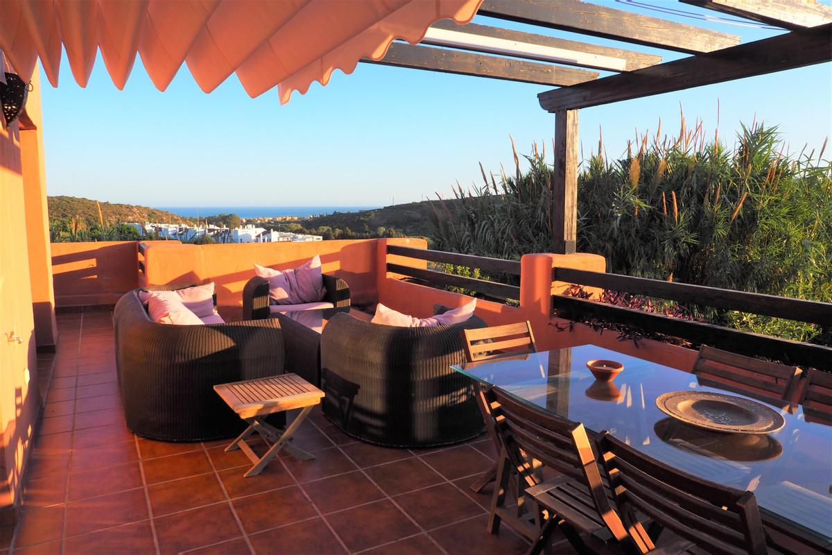 Lägenhet på mellanplan i Casares Playa R3645071