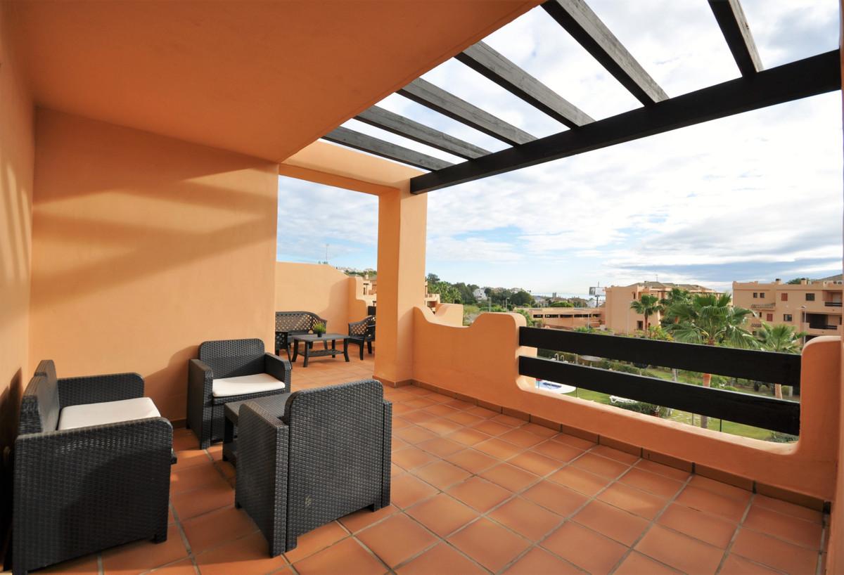 Middle Floor Apartment · Casares Playa