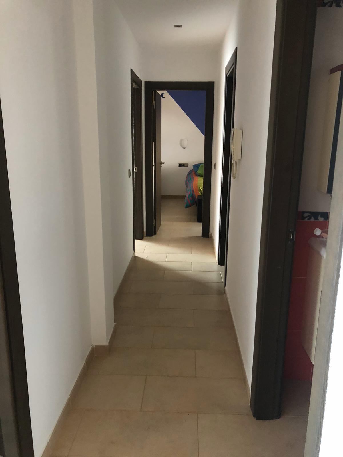 House in Algeciras R3640169 11