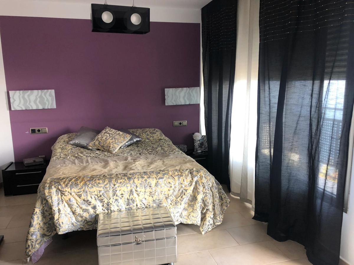 House in Algeciras R3640169 12