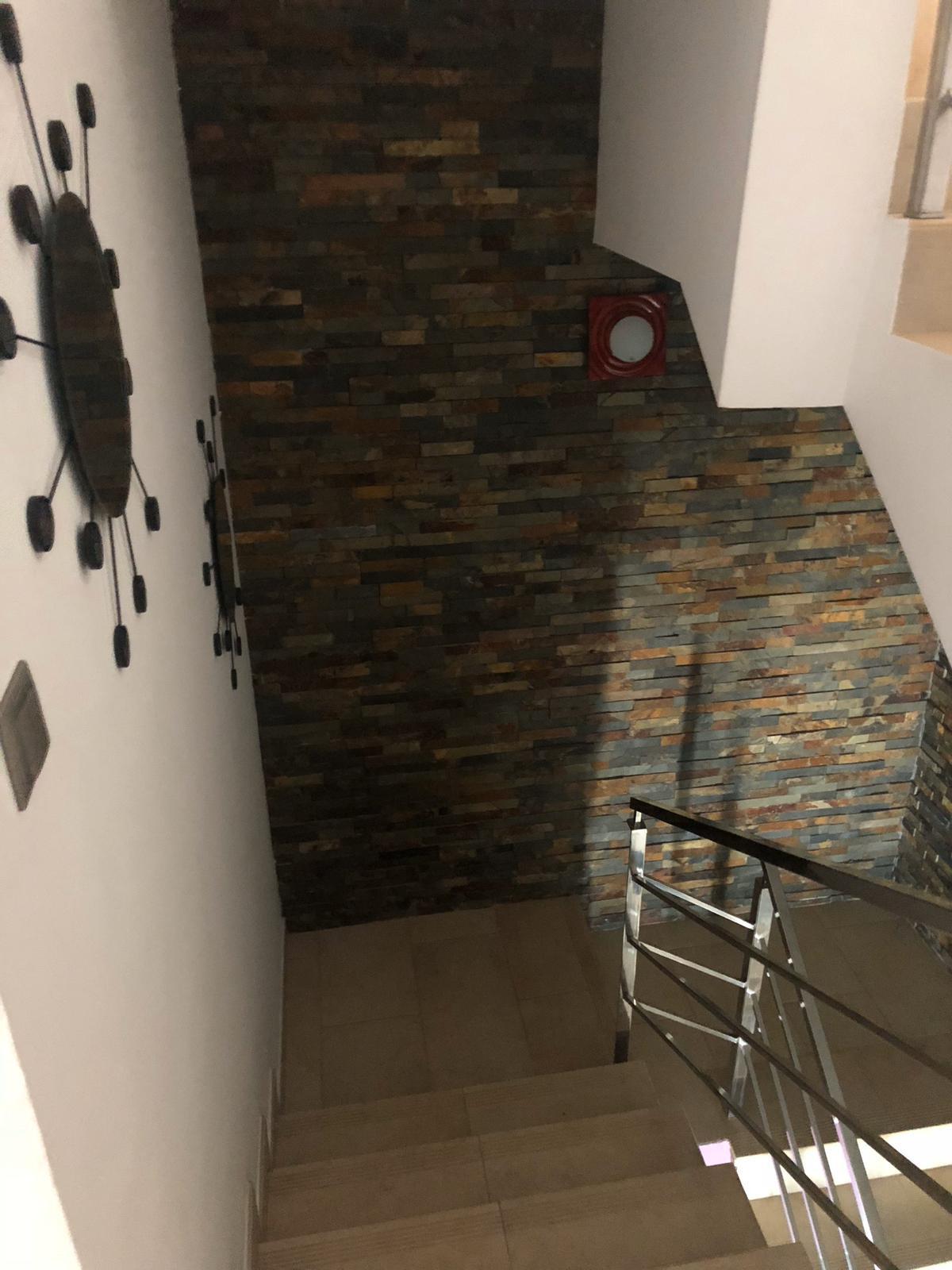 House in Algeciras R3640169 22