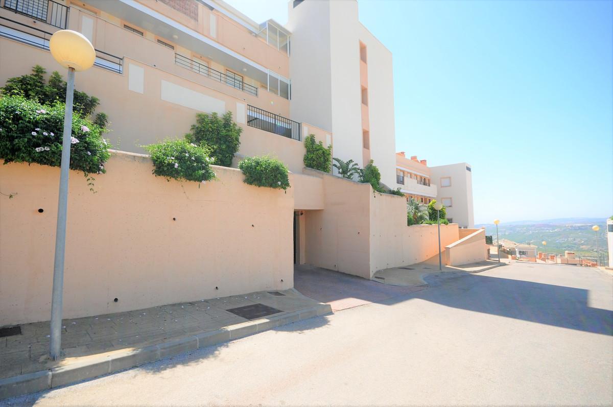 R3483808 Apartment Casares Playa, Málaga, Costa del Sol