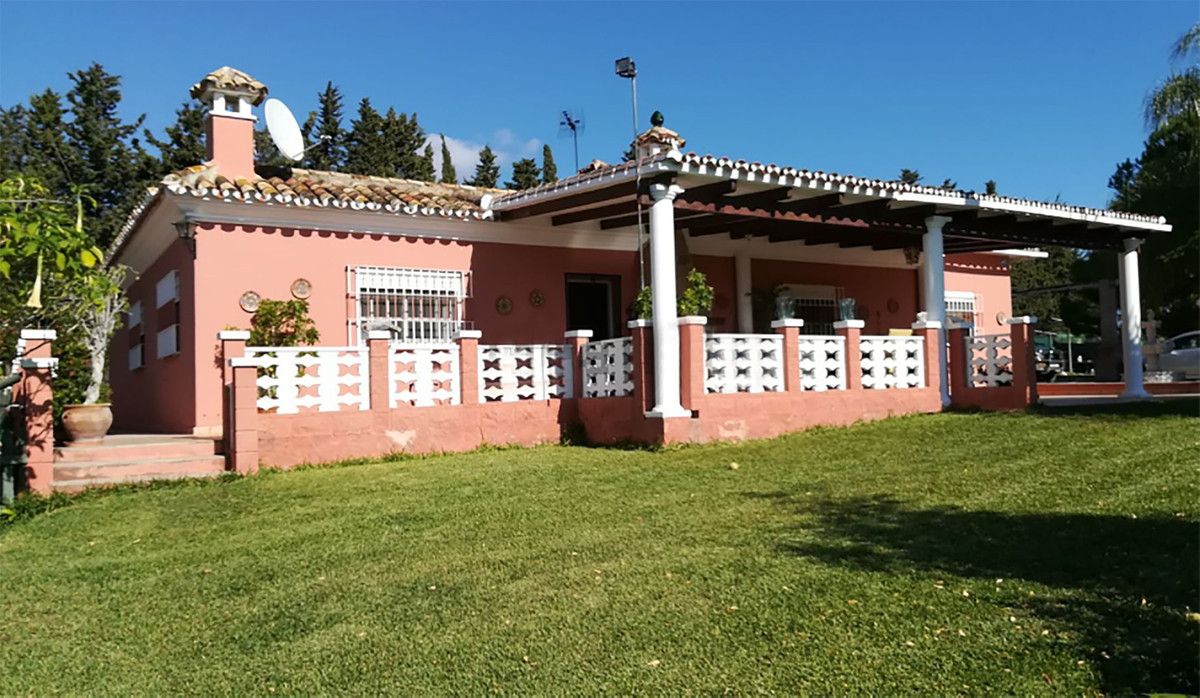 Villa, Finca  en vente    à Estepona