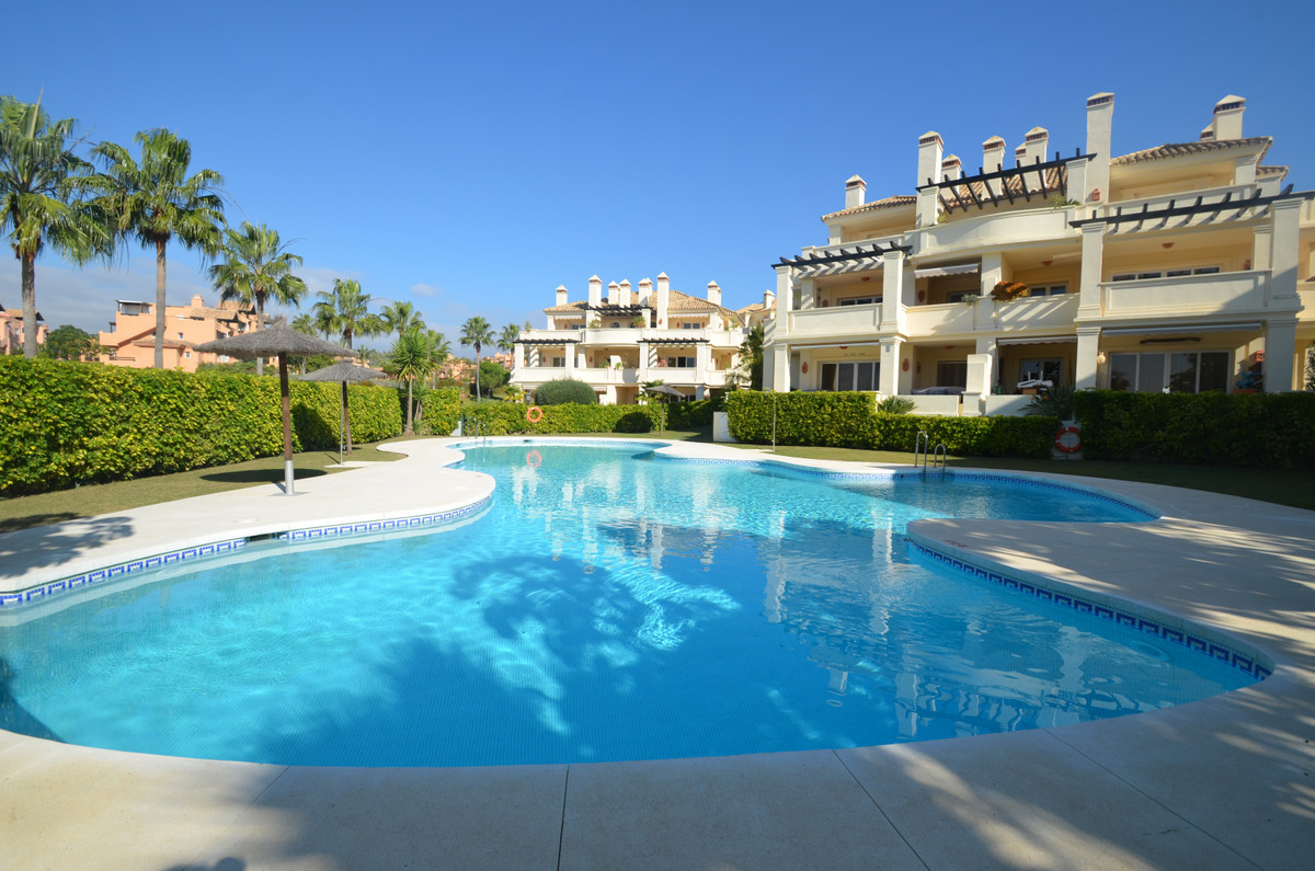 Fantastic quality PENTHOUSE APARTMENT with excellent materials, nice marble floors and bathrooms, go,Spain