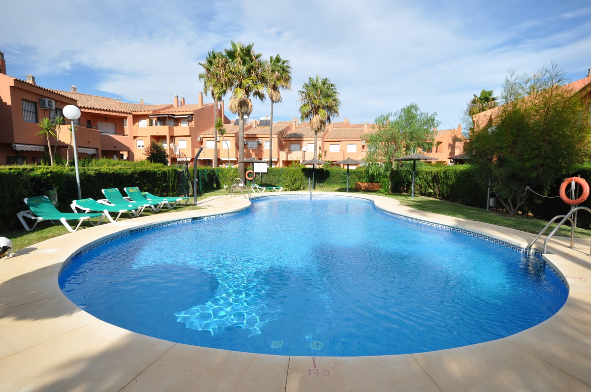 Magnificent front line beach semi-detached property in a fantastic location,10 minutes walking dista,Spain