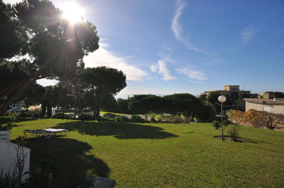 R3316450: Apartment for sale in Estepona