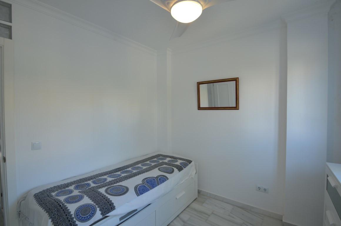 Unifamiliar con 2 Dormitorios en Venta La Duquesa
