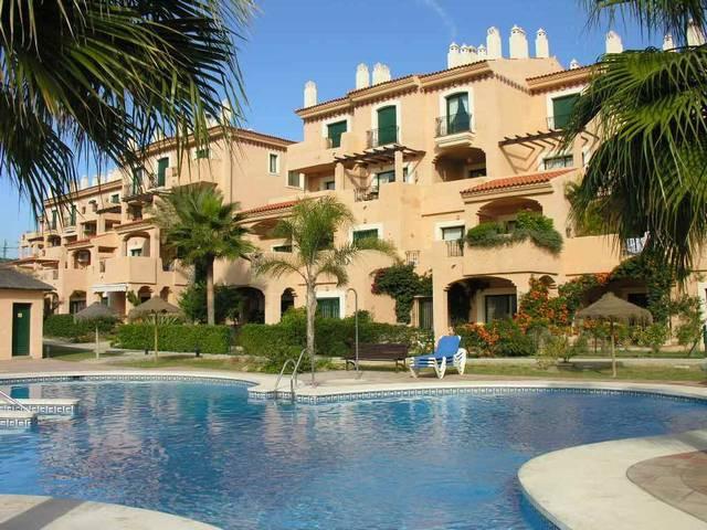 Beautiful duplex top floor apartment 1st line golf, west facing, located in a nice urbanization comp,Spain
