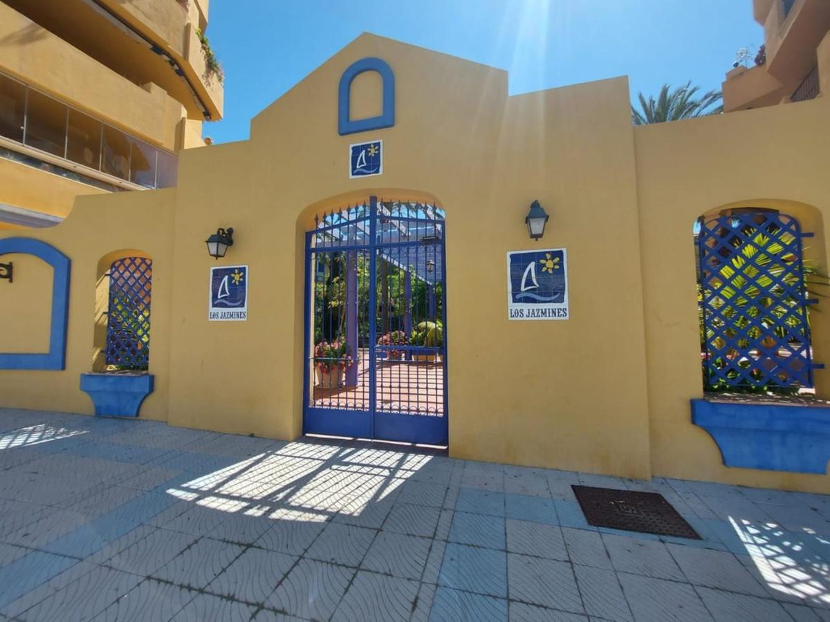 Ground Floor Apartment, San Pedro de Alcantara, Costa del Sol. 3 Bedrooms, 2 Bathrooms, Built 139 m²,Spain