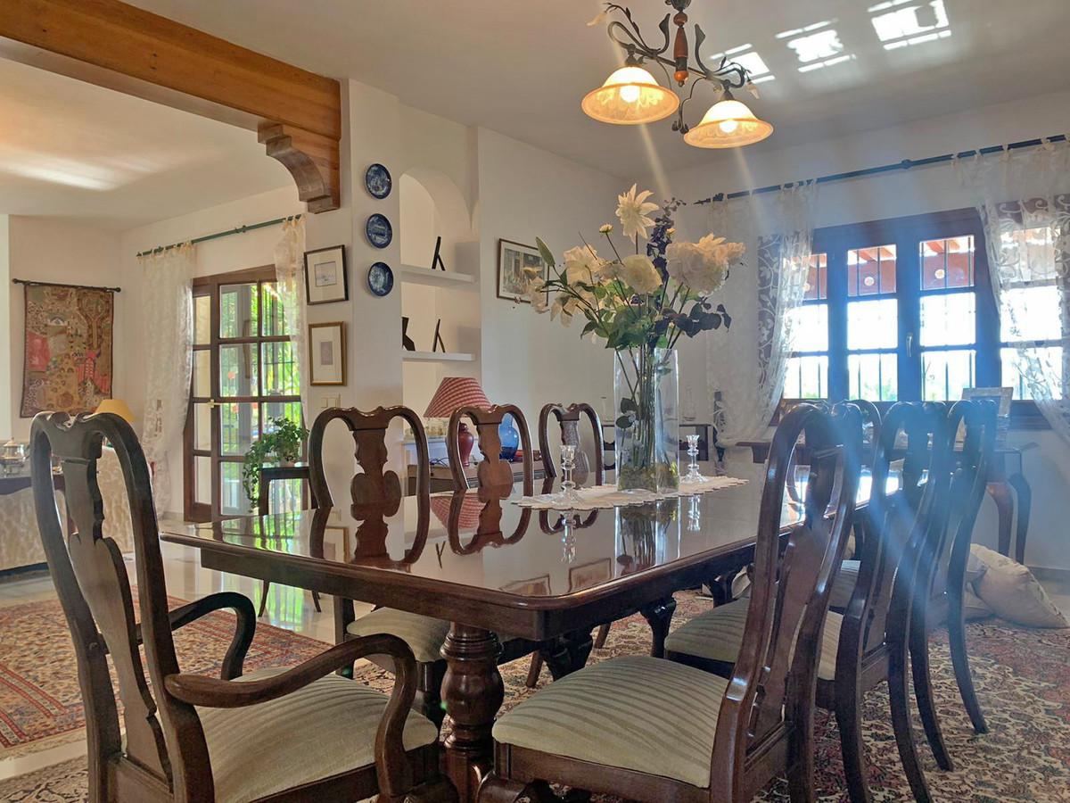House in Atalaya R3606239 3