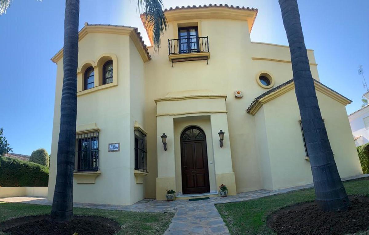 House in Atalaya R3606239 37