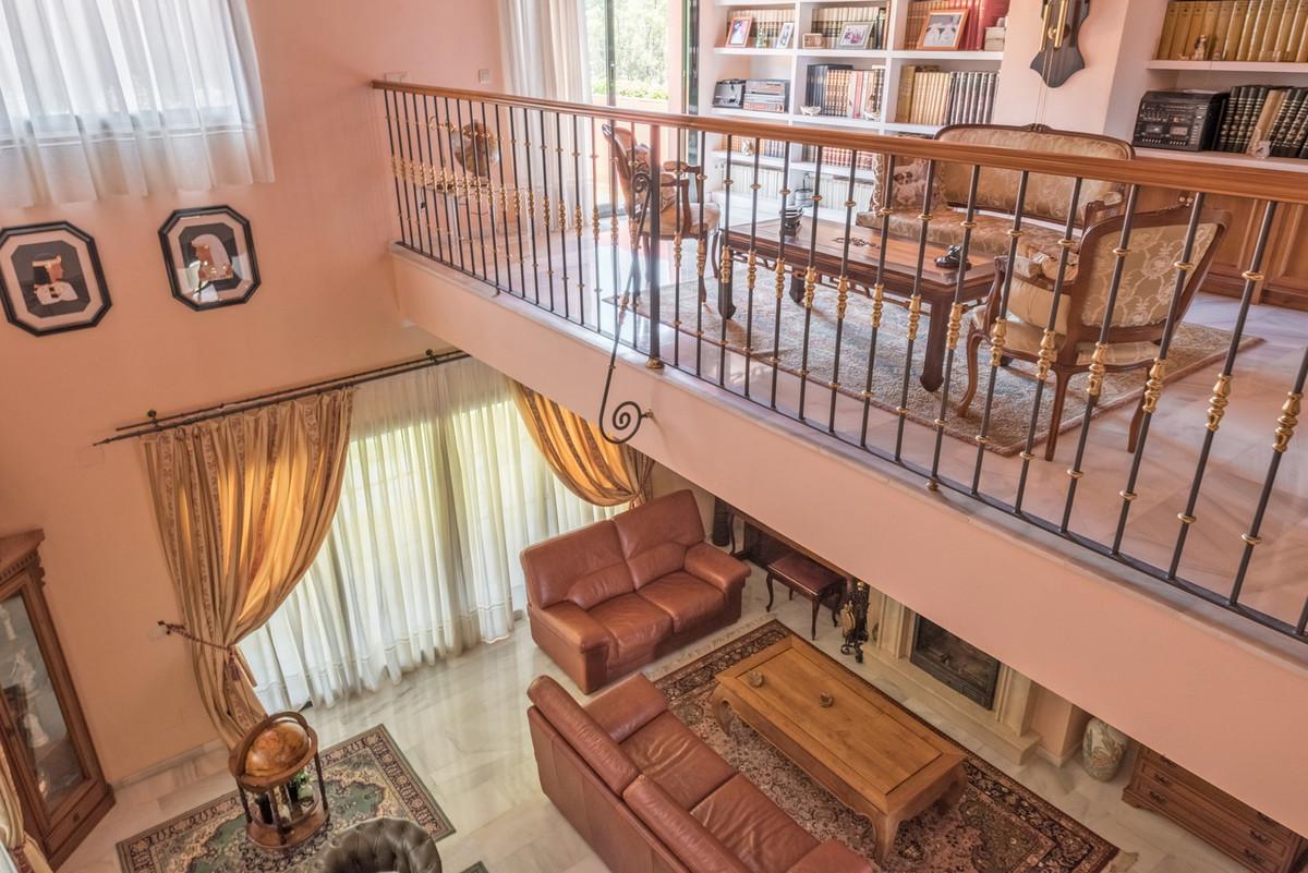 House in Atalaya R3608612 13