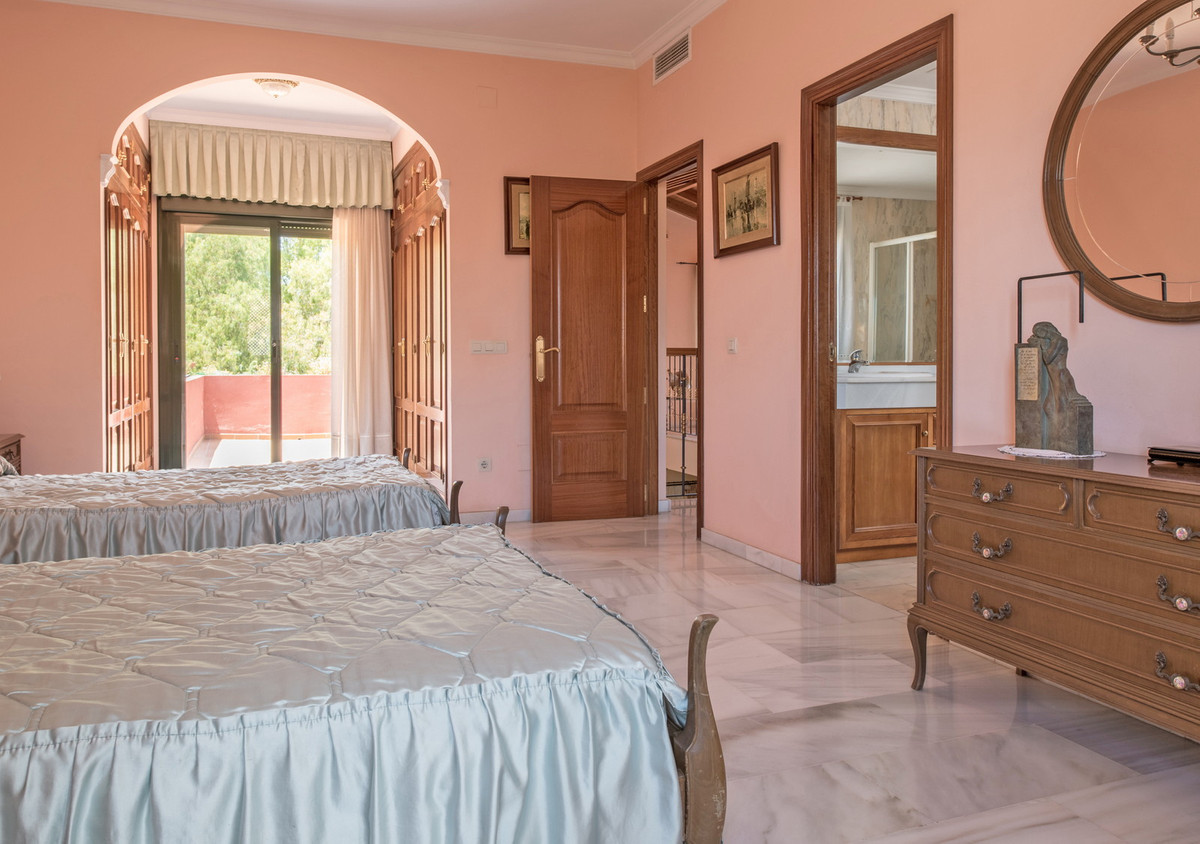 House in Atalaya R3608612 15