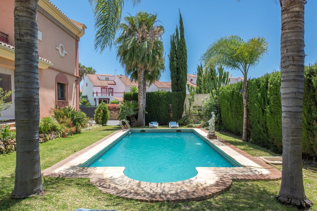 House in Atalaya R3608612 33