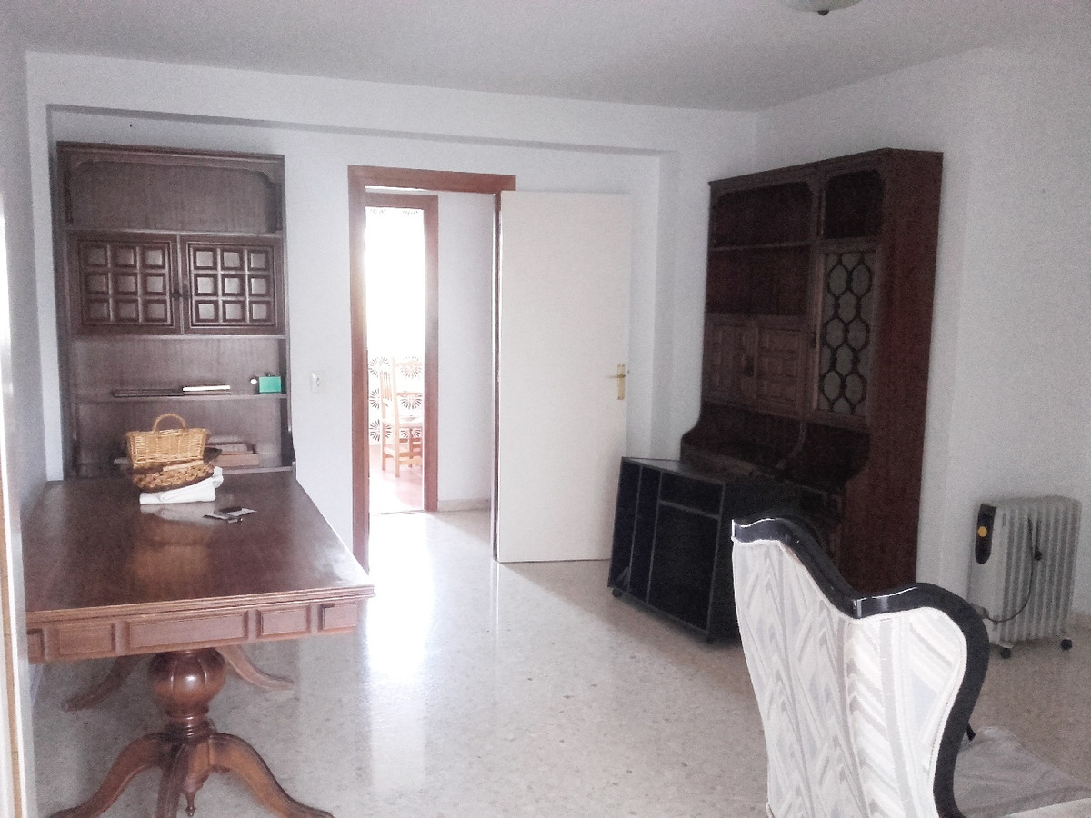 Apartamento, Planta Media  en venta    en San Pedro de Alcántara