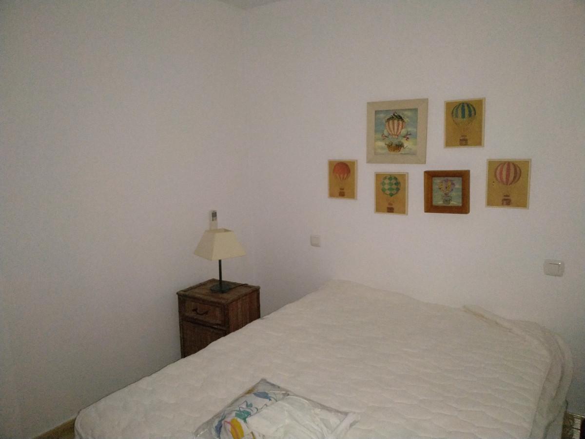 Apartamento con 1 Dormitorios en Venta San Pedro de Alcántara