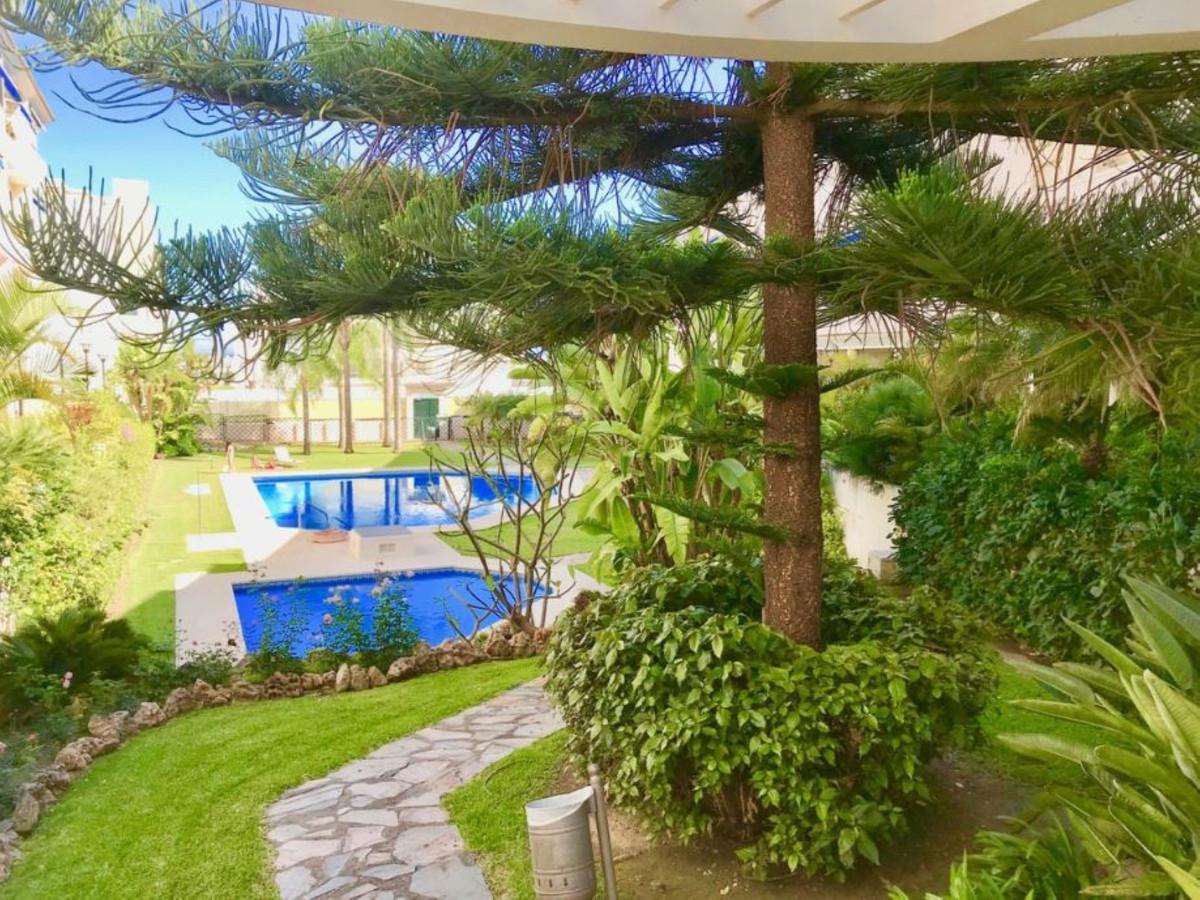 Penthouse, San Pedro de Alcantara, Costa del Sol. 4 Bedrooms, 3 Bathrooms, Built 180 m², Terrace 40 ,Spain