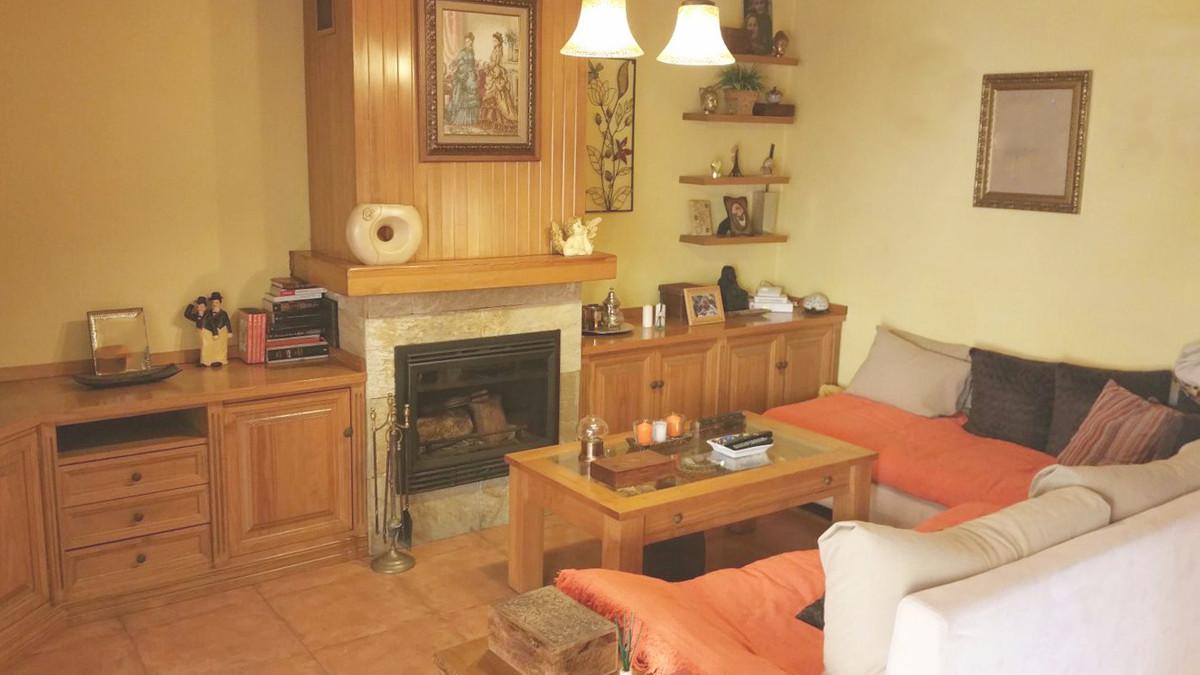Reihenhaus Stadthaus in Estepona R3171895