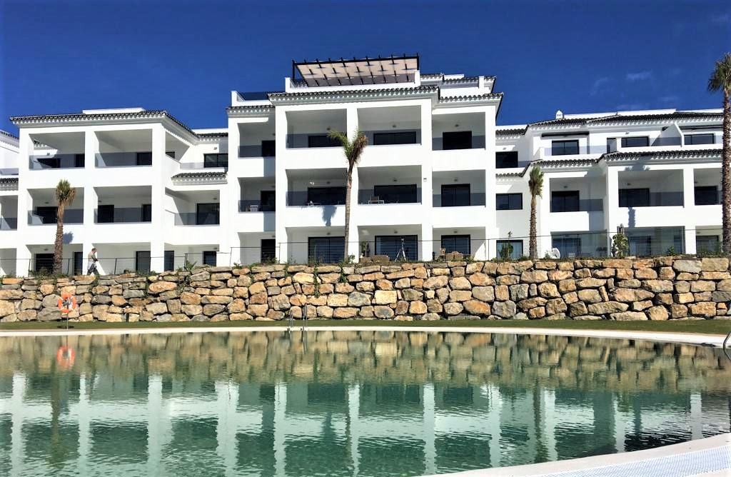 R3300757: Apartment in Estepona