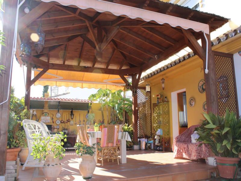 Freistehende Villa in San Pedro de Alcántara R2360522