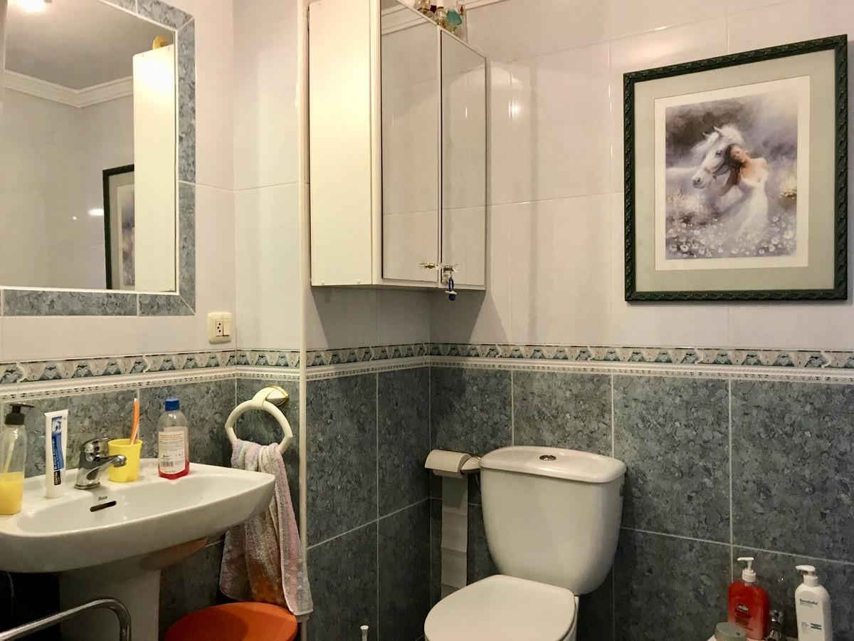 Apartamento con 4 Dormitorios en Venta San Pedro de Alcántara