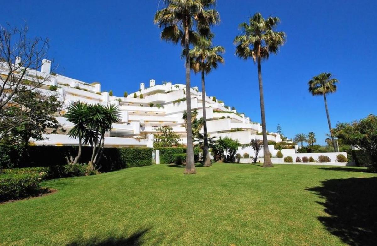 Ground Floor Apartment, San Pedro de Alcantara, Costa del Sol. 3 Bedrooms, 3 Bathrooms, Built 160 m²,Spain
