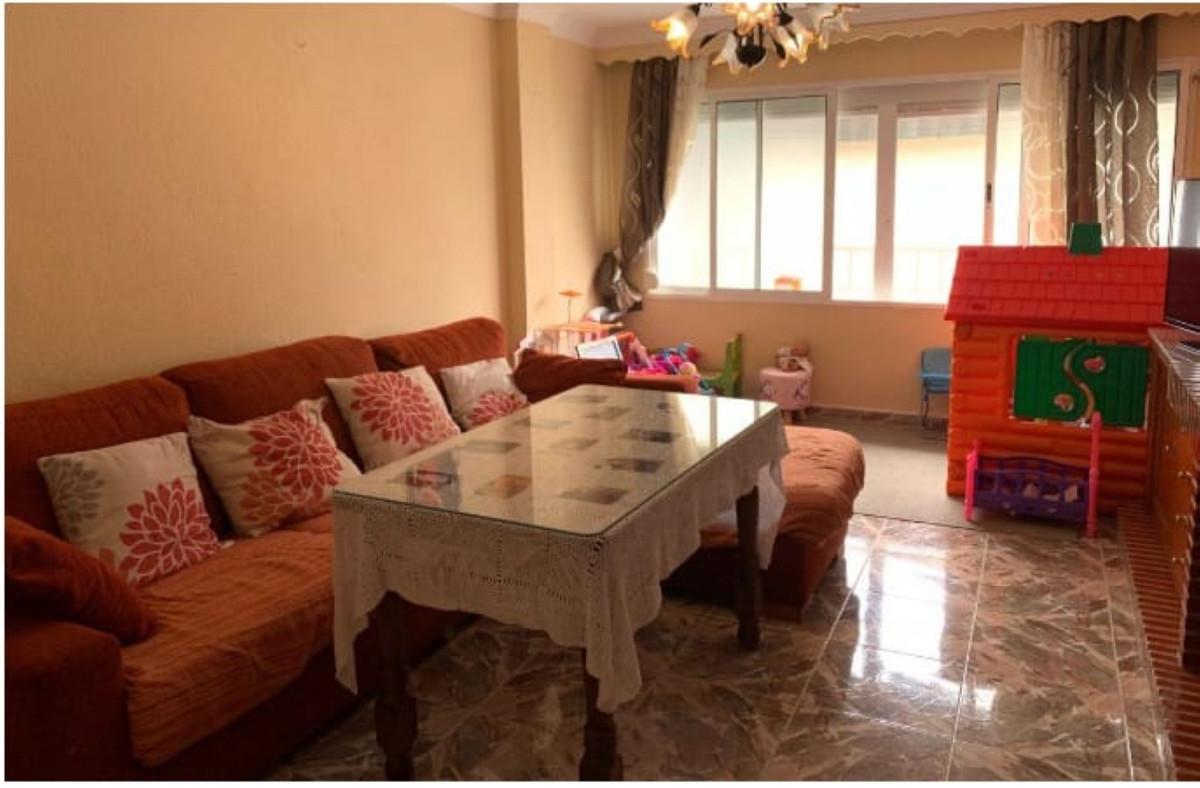 Top Floor Apartment, San Pedro de Alcantara, Costa del Sol. 3 Bedrooms, 1 Bathroom, Built 117 m².  S,Spain