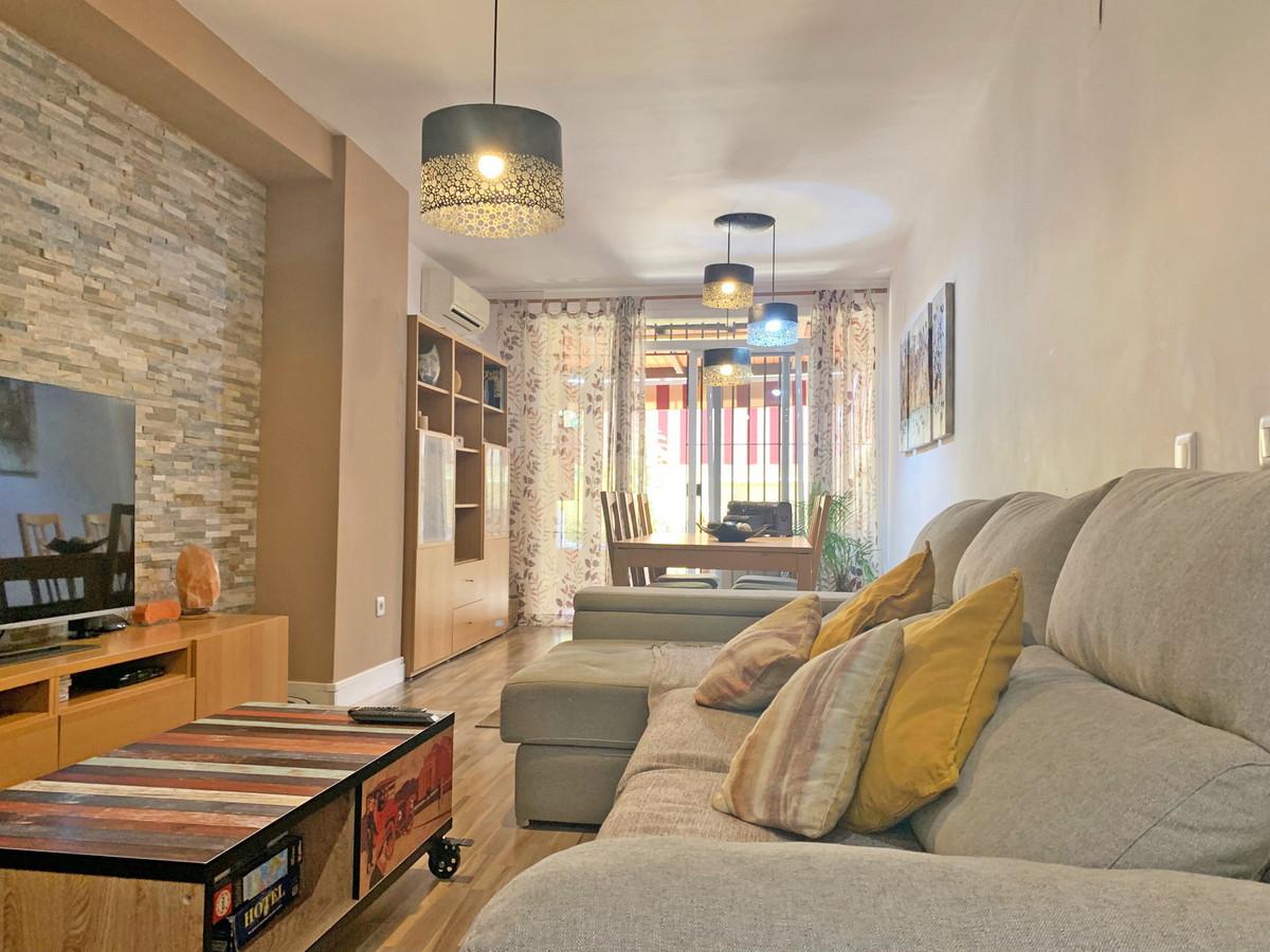 Ground Floor Apartment in Nueva Andalucía R3432601