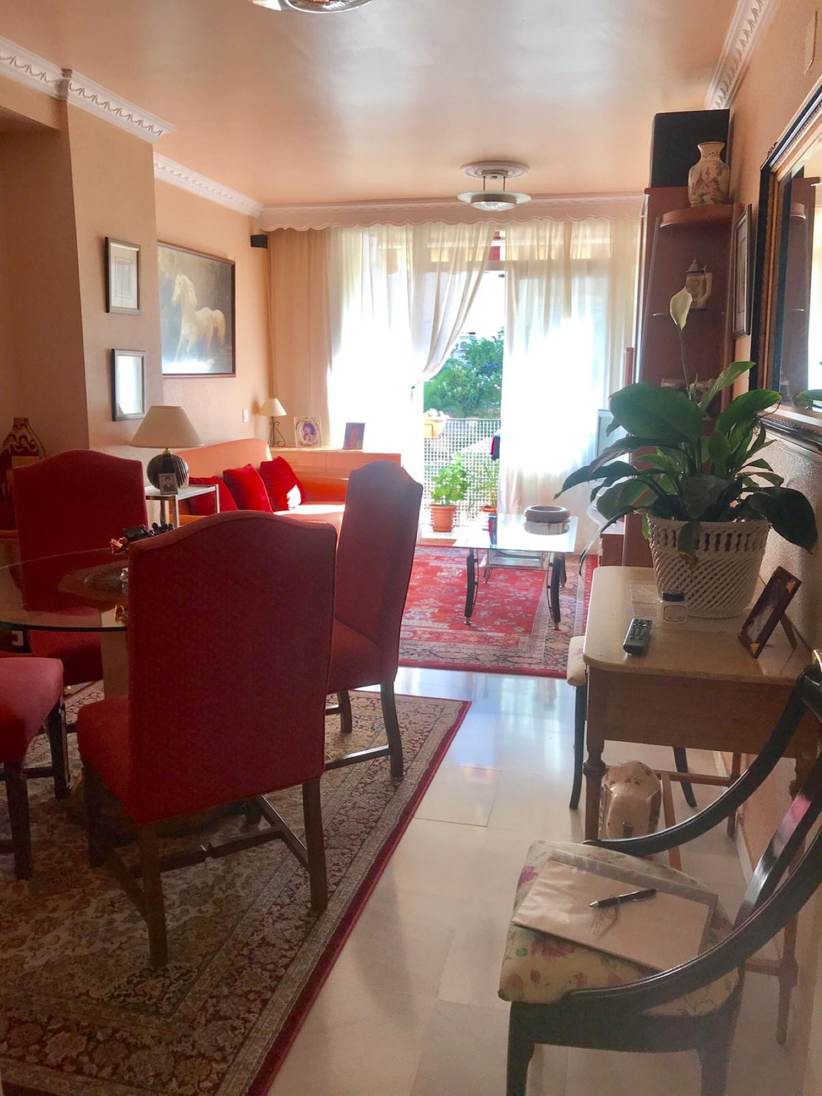 Middle Floor Apartment, La Campana, Costa del Sol. 4 Bedrooms, 2 Bathrooms, Built 103 m², Terrace 5 ,Spain