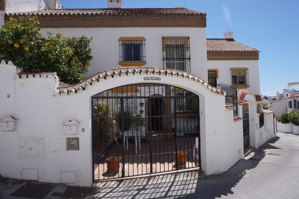 NEW LISTING NEW LISTING NEW LISTING   PRICE DROP BY 25,000 EUROS   FANTASTIC 4 BEDROOM TOWNHOUSE WAL,Spain