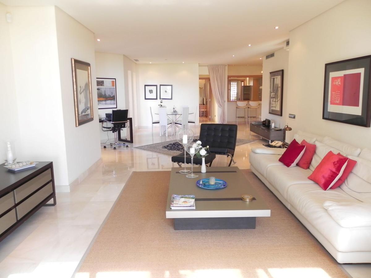 Penthouse na sprzedaż w Marbella R3838477