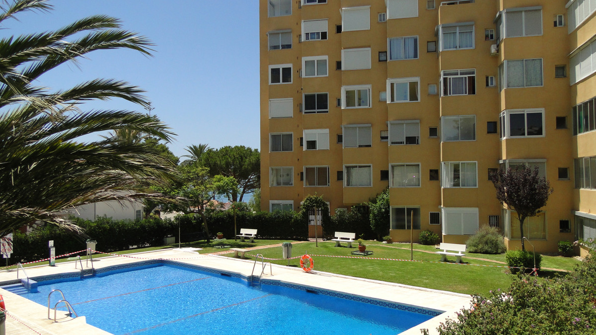 SUPER STUDIO APARTMENT WITH GREAT SEA VIEWS AND ONLY A 5 MINUTE WALK TO THE VILLAGE OF LA CALA DE MI,Spain