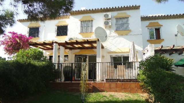 CHARMING TOWNHOUSE LOCATED ON A TRANQUIL COMMUNITY YET ONLY A FEW MINUTES WALK TO THE BEACH AND WITH,Spain