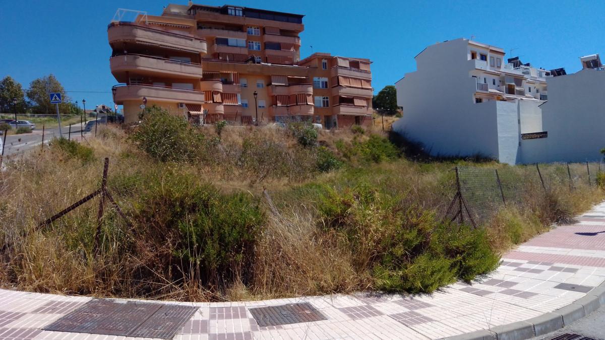 Residential Plot in Estepona