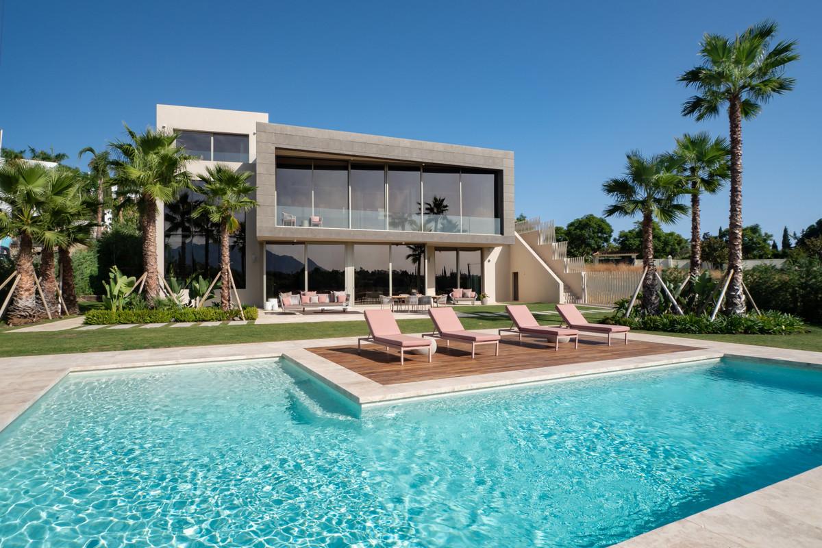 Fristående villa till salu i Los Flamingos