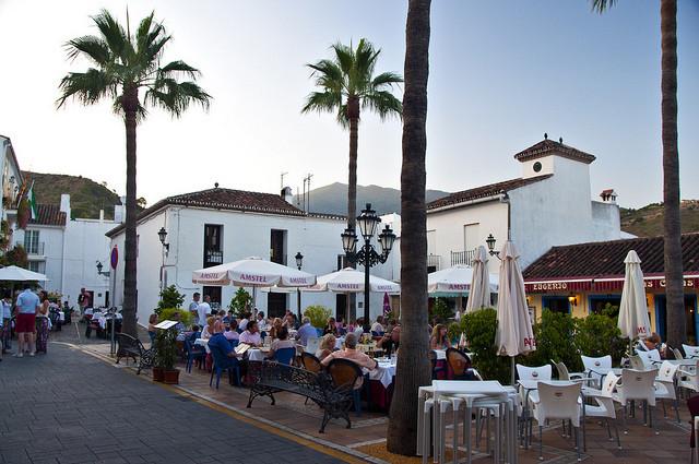 A Restaurant in Benahavis consisting of 5 floors where the restaurant is located, a studio, basement,Spain
