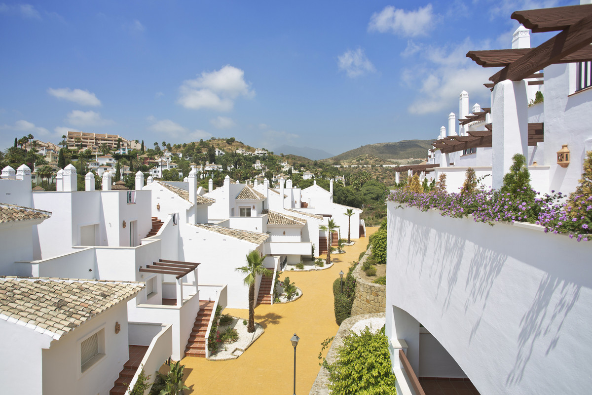 Apartment For sale In Nueva andalucía - Space Marbella